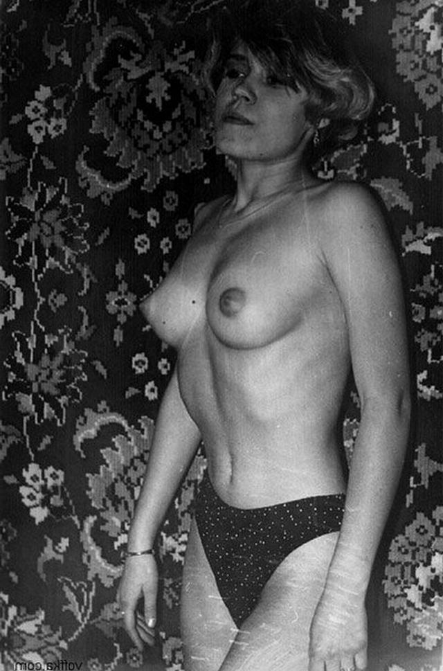 Винтажная коллекция домашних снимков развратных мамочек 8 фото