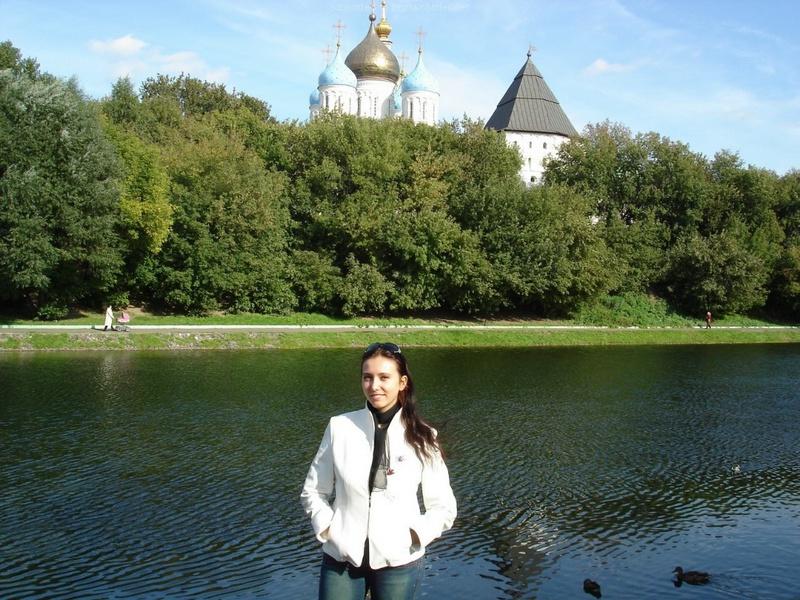 Русская жена сняла платье и показала мужу большую попу дома 17 фото