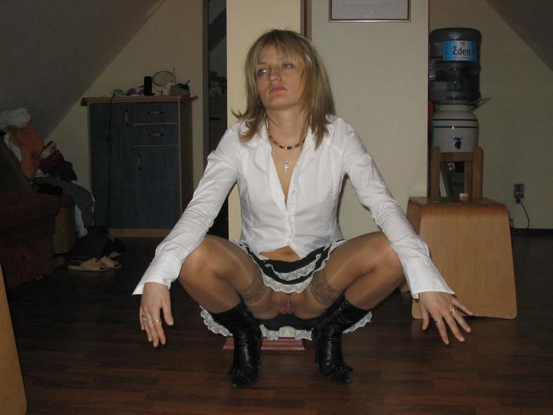 Прошмандовка найдет время и настроение на секс 6 фото