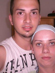 Молодая пара разместила интим фото с отдыха