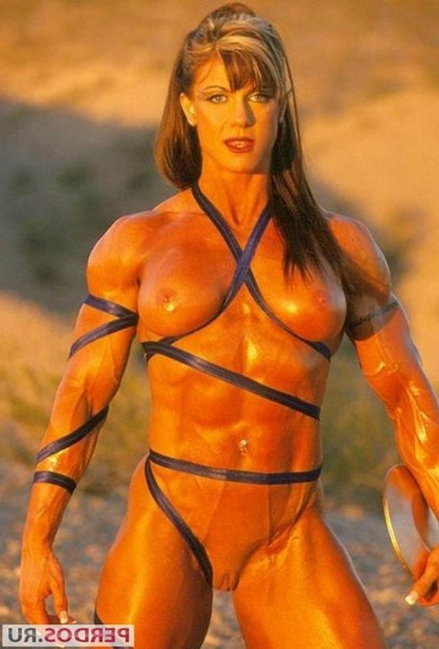 Подборка голых женщин бодибилдерш 10 фото