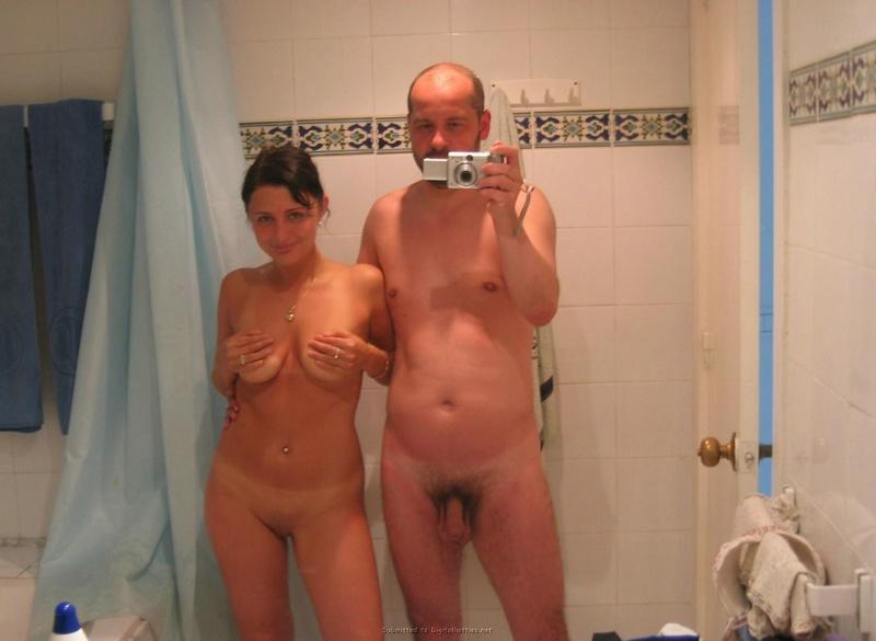 Мужик фотографирует голую любовницу в отеле 4 фото