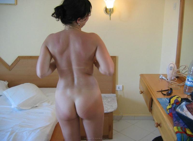Мужик фотографирует голую любовницу в отеле 6 фото