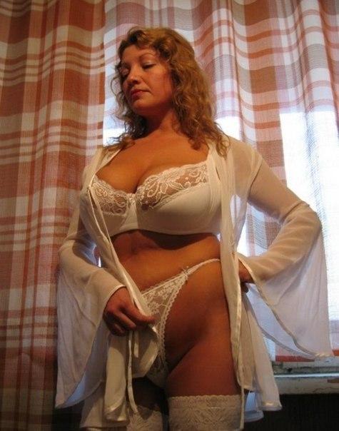 Подборка любительских снимков голых сисек дамочек 12 фото