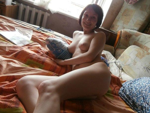 Частные снимки великолепных девушек и женщин, страдающих без секса 14 фото