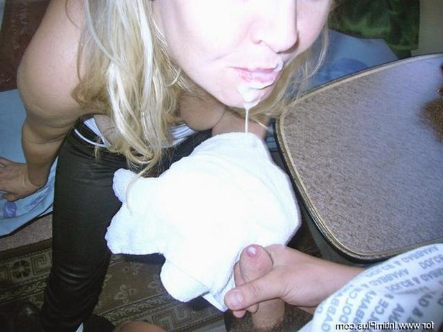 Молодые девушки на любой вкус и цвет показывают свои голые тела 17 фото