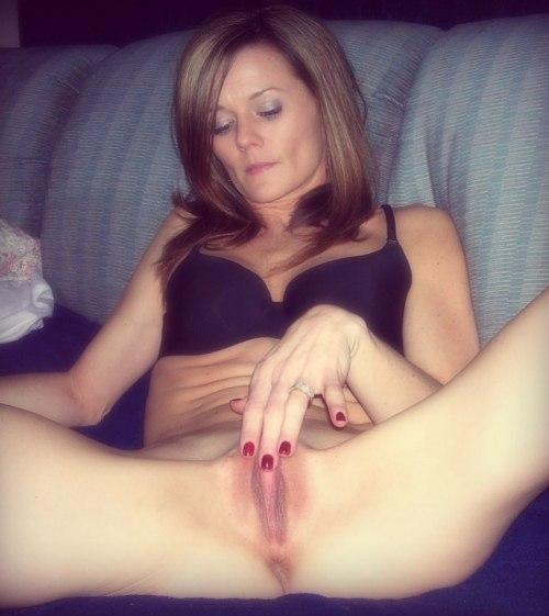 Дамочки по вечерам предпочитают быть голышом дома 27 фото