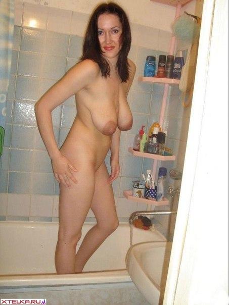 Дамочки по вечерам предпочитают быть голышом дома 23 фото