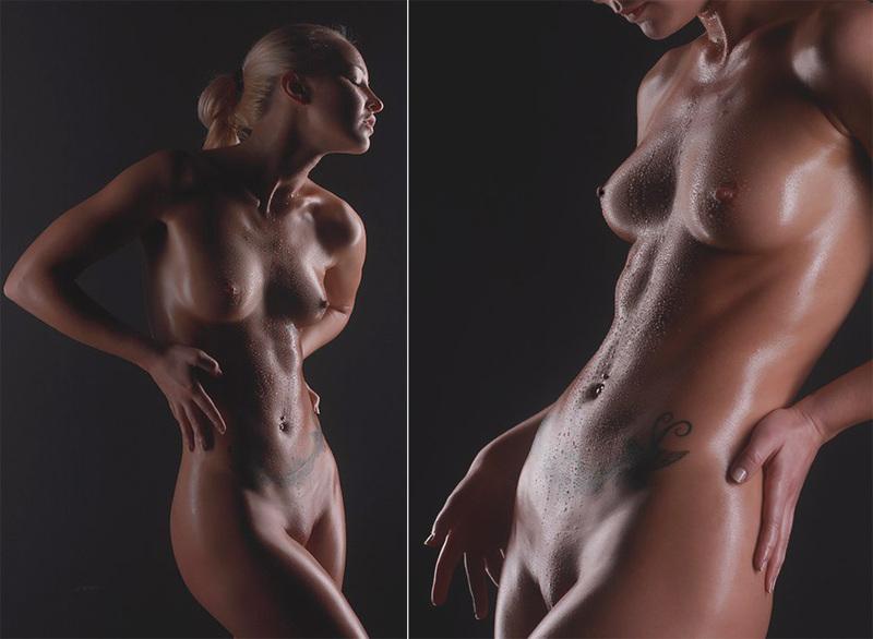 Татуированная блондинка в джинсах и с голой грудью стоит у стены 15 фото