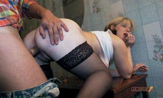 Шалава покурила во время вагинальной порки 3 фото