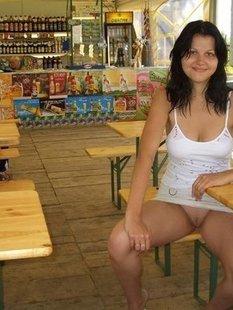 Откровенные снимки домашних девушек в чулках