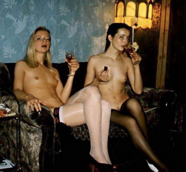 Подборка эро снимков голых девушек из СССР 8 фото