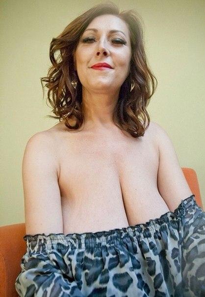 Эротика от горячих зрелых женщин с дрочкой кисок 27 фото