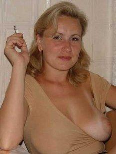 30-летние мамаши оголили большие сиськи