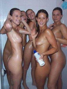 Голые девки в фотографиях здесь