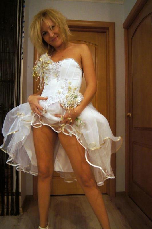 Мамка возбуждает нового мужа перед первой свадебной ночью 3 фото