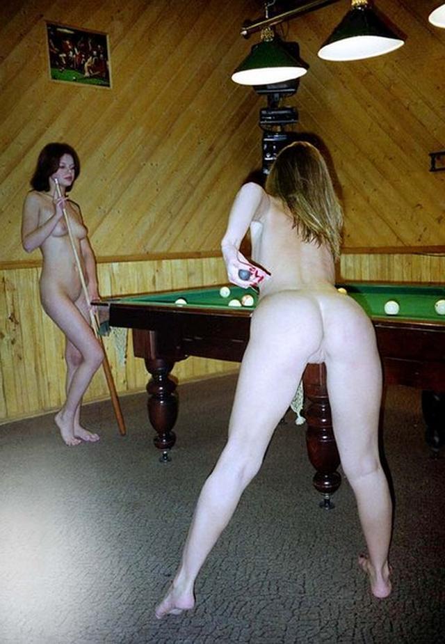 Голые девушки в русской бане 21 фото