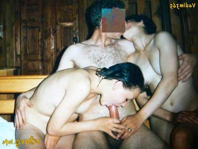 Голые девушки в русской бане 11 фото