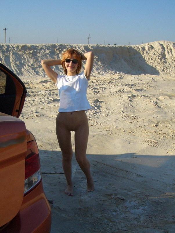 Русская жена раздевается для мужа дома и на отдыхе 9 фото