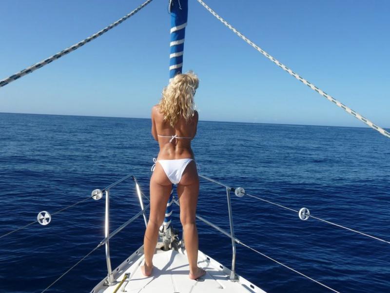 Эро отдых с подругой на море 12 фото