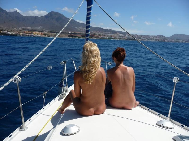 Эро отдых с подругой на море 14 фото