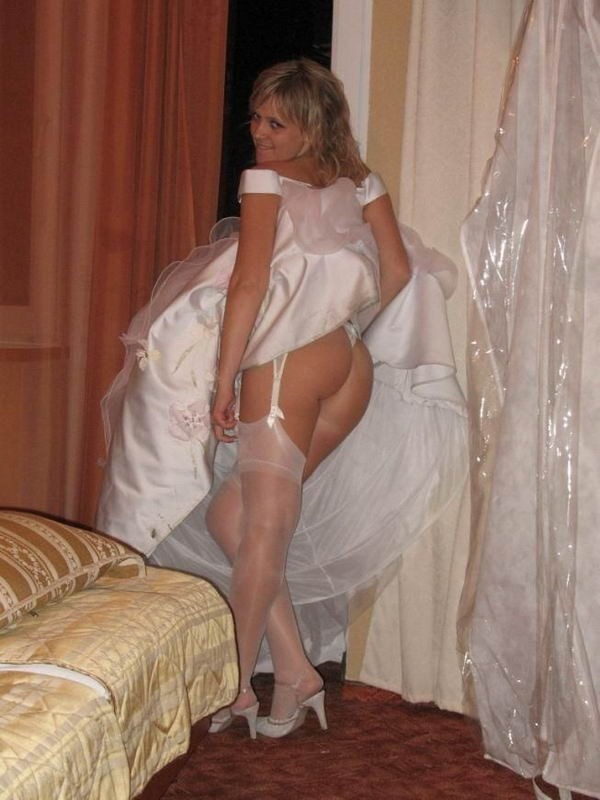 Подборка частных снимков сексуальных мамочек и горячих телок 8 фото