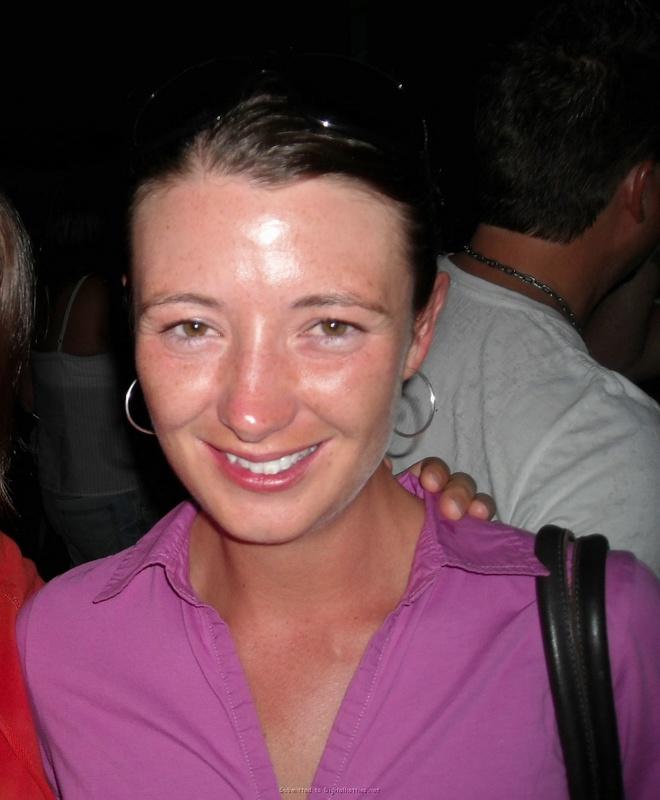 Славянка любит носить чулки и позировать бойфренду 13 фото