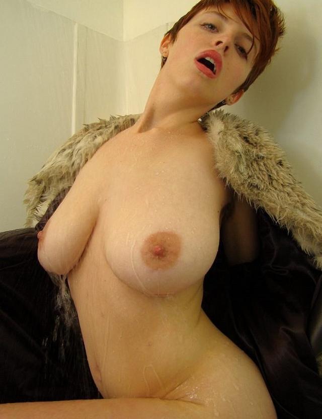 Подборка сексуальных мамочек с большой грудью и похотливым нравом 14 фото