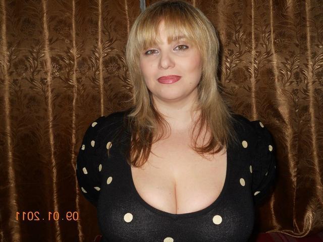 Подборка сексуальных мамочек 7 фото