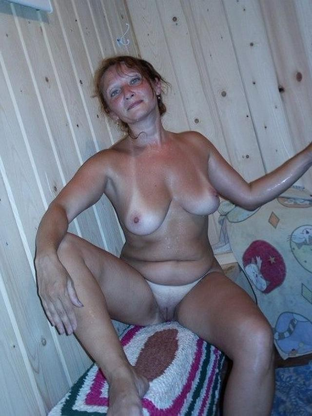 Подборка сексуальных мамочек 5 фото
