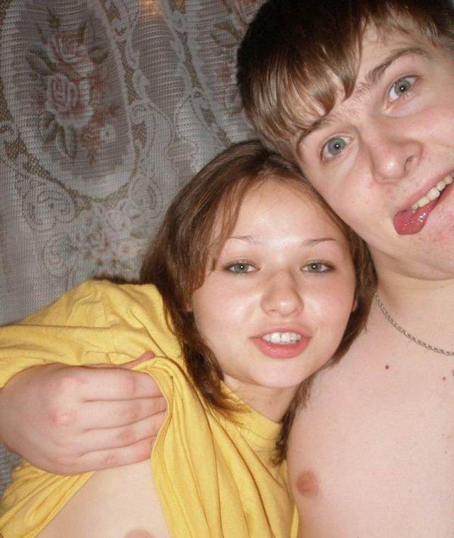 Пара студентов в отношениях кувыркаются на съемной хате 3 фото