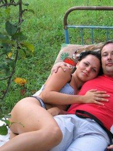 Парень фотографирует девушку мастурбирующую секс игрушками