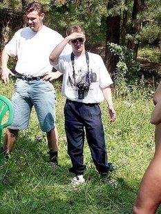 Молодые тёлки без одежды дома и на природе