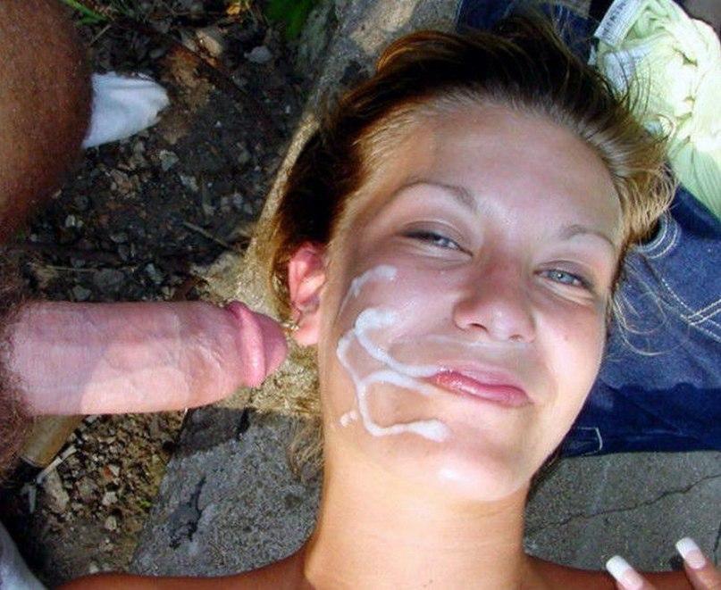 Сексуальные девушки пьют мужскую сперму литрами 16 фото