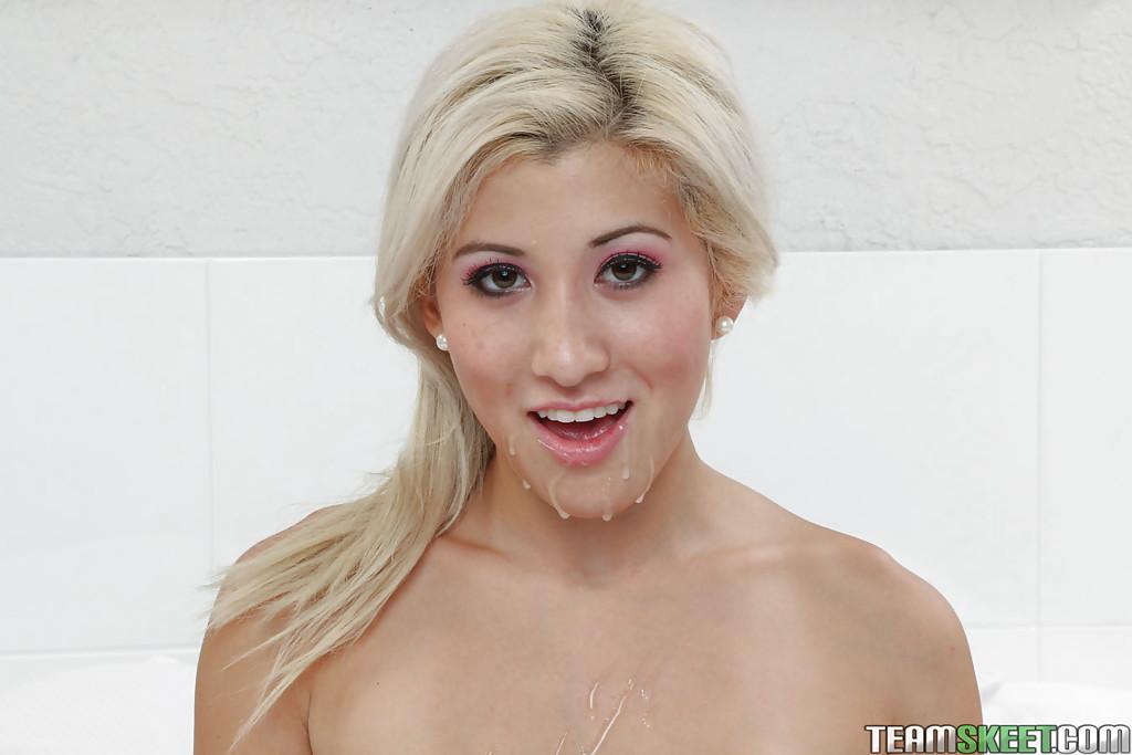 Cristi Ann с большими сиськами умывается спермой после секса 16 фото