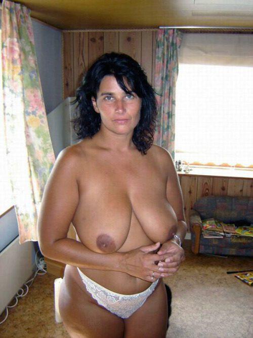 Подборка голых толстушек в домашних условиях 8 фото