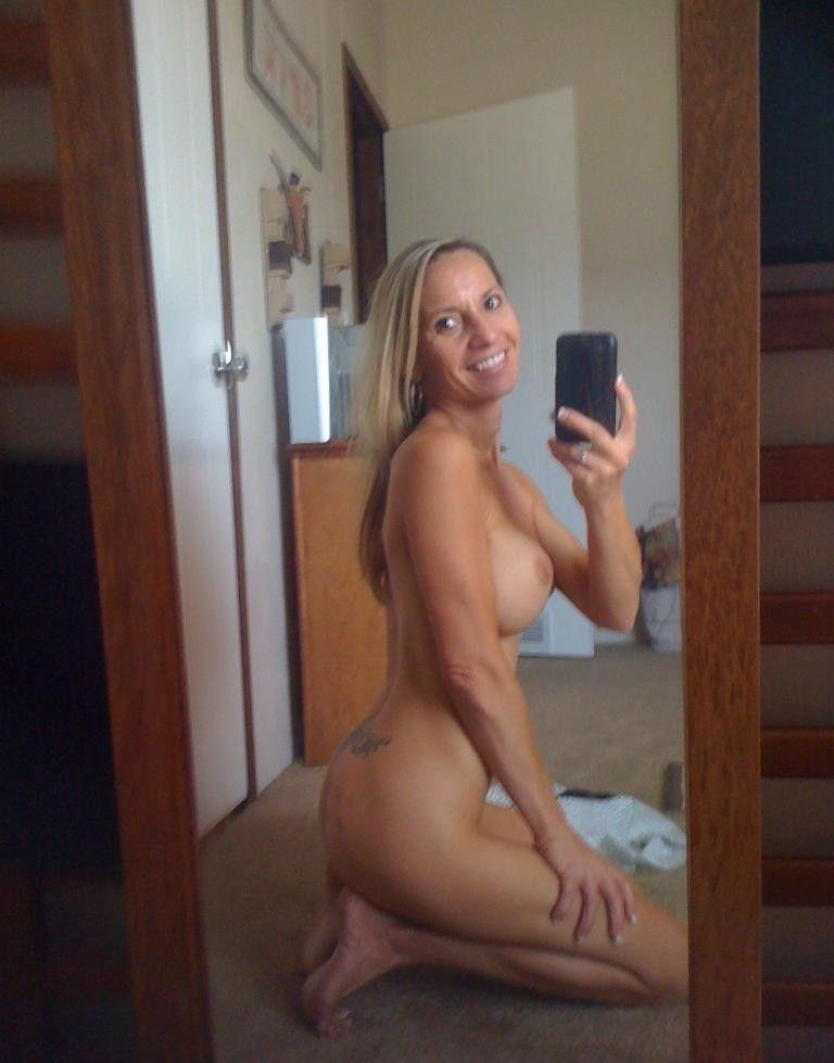 Milf Nude Selfies