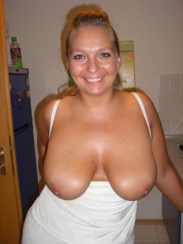 Крупная дамочка выложила свое НЮ в сеть 10 фото