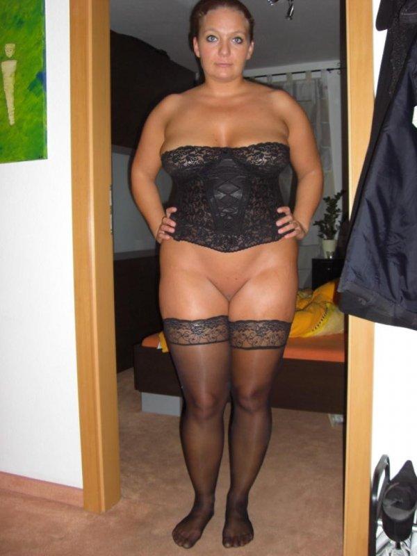 Крупная дамочка выложила свое НЮ в сеть 14 фото