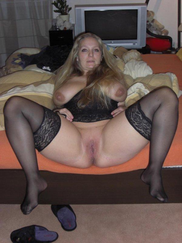Крупная дамочка выложила свое НЮ в сеть 17 фото