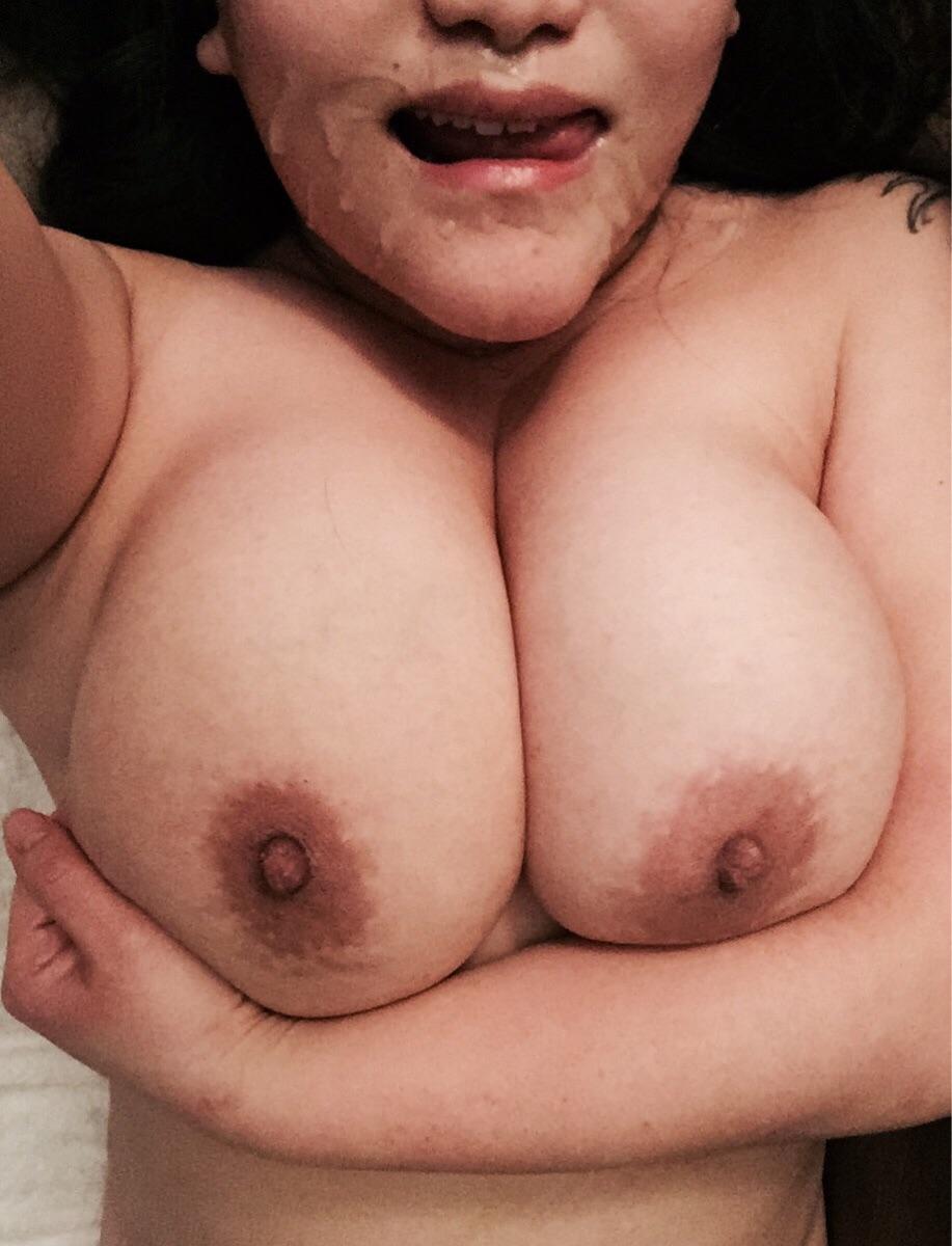 Подборка девиц со спермой на лице или теле 17 фото